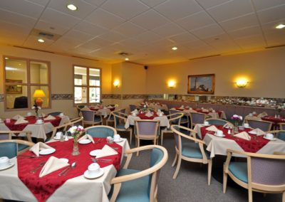 tour_riverpointe_dining_room-4
