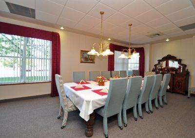 tour_riverpointe_dining_room-5